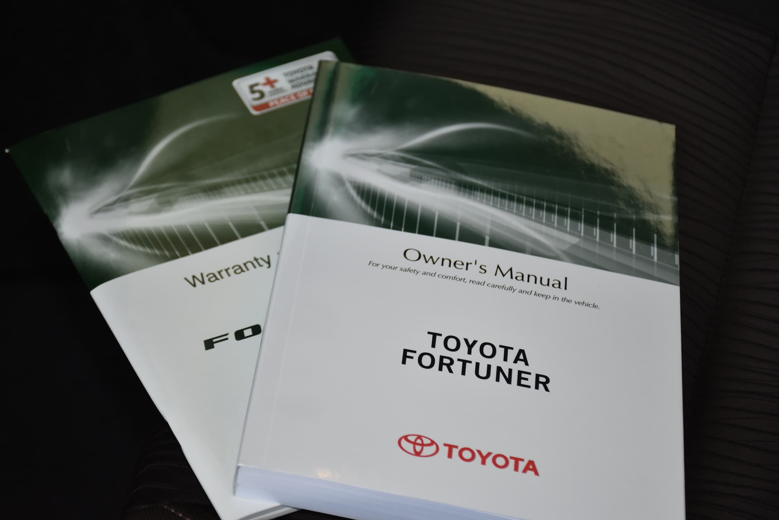 2019 Toyota Fortuner GXL Auto 4x4 - image 19