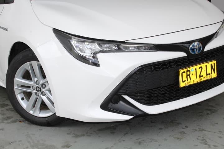 2018 Toyota Corolla Ascent Sport Hybrid Auto - image 8