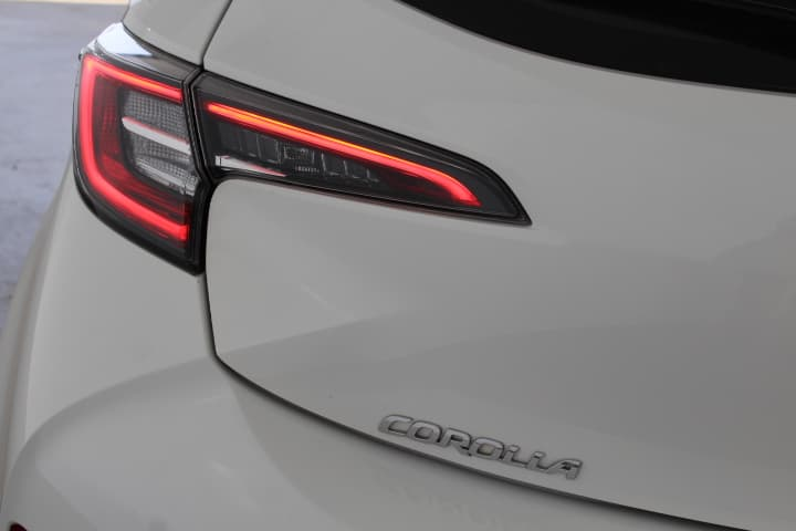2018 Toyota Corolla Ascent Sport Hybrid Auto - image 27