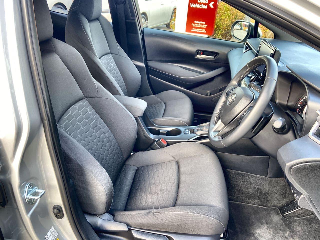 2018 Toyota Corolla SX Auto - image 14
