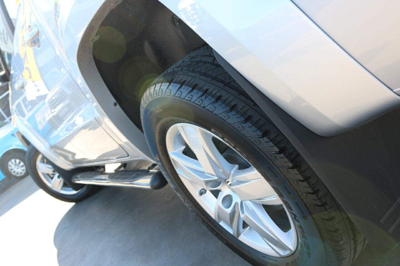 2018 Volkswagen Amarok TDI550 2H 4-Door Utility  - image 8