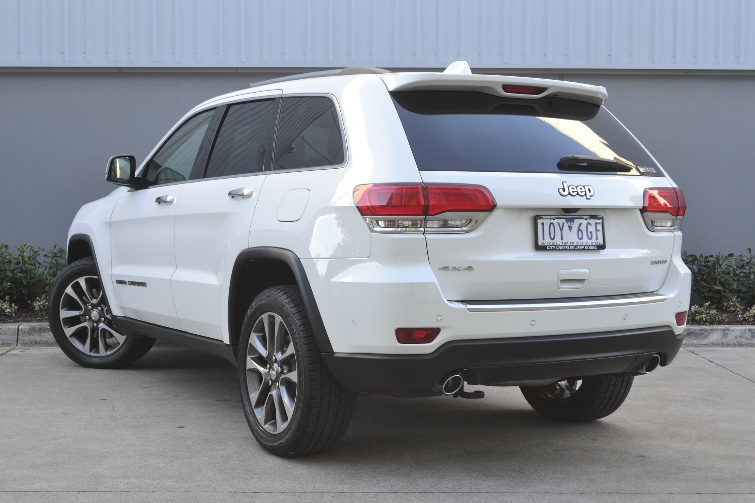 2019 Jeep Grand Cherokee Limited Auto 4x4 MY19 - image 2