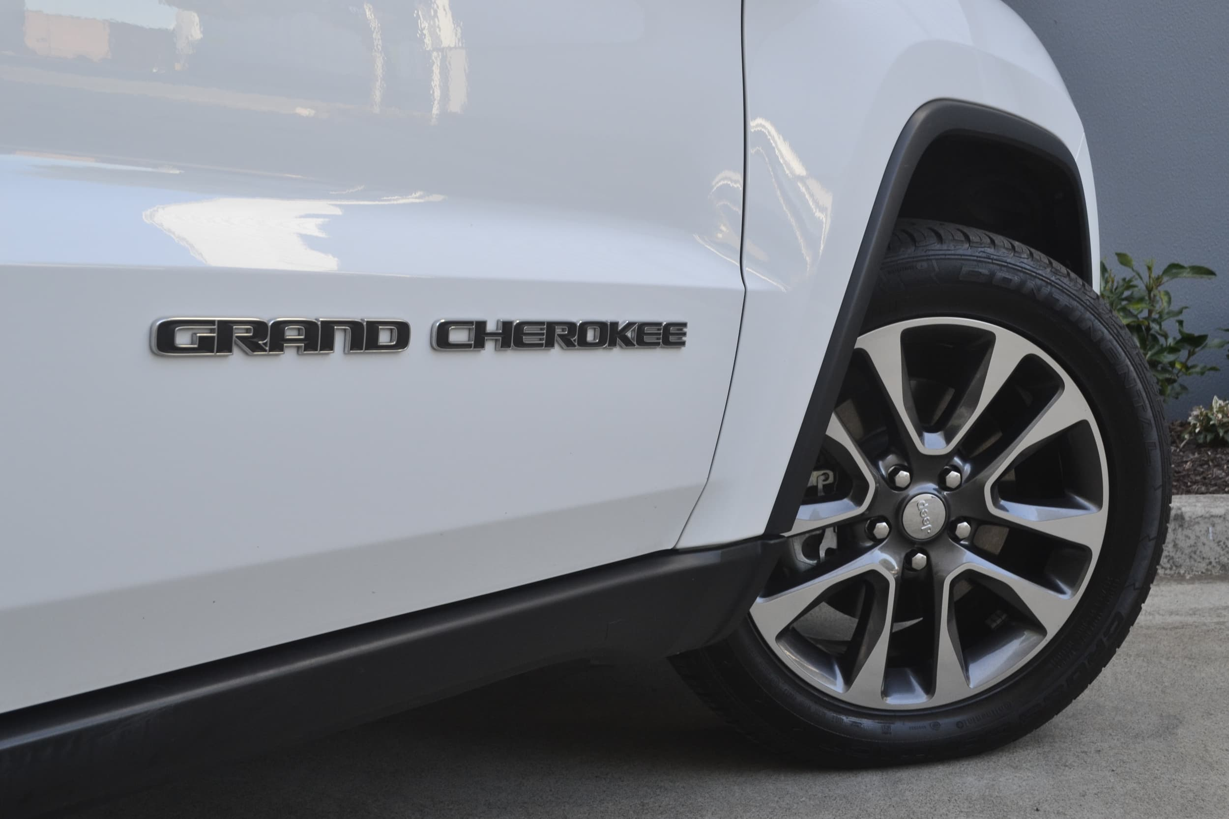 2019 Jeep Grand Cherokee Limited Auto 4x4 MY19 - image 4