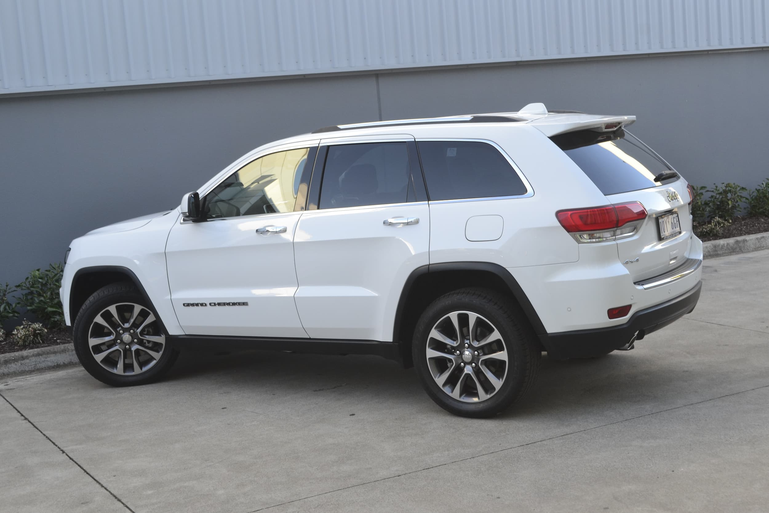 2019 Jeep Grand Cherokee Limited Auto 4x4 MY19 - image 27