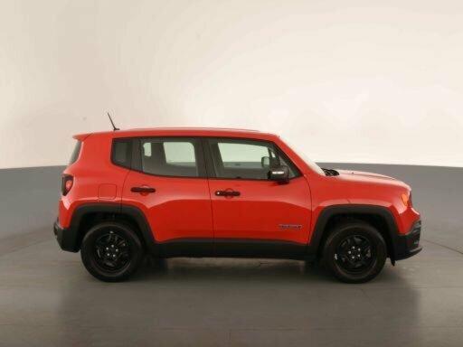 2017 Jeep Renegade Hatchback  - image 8