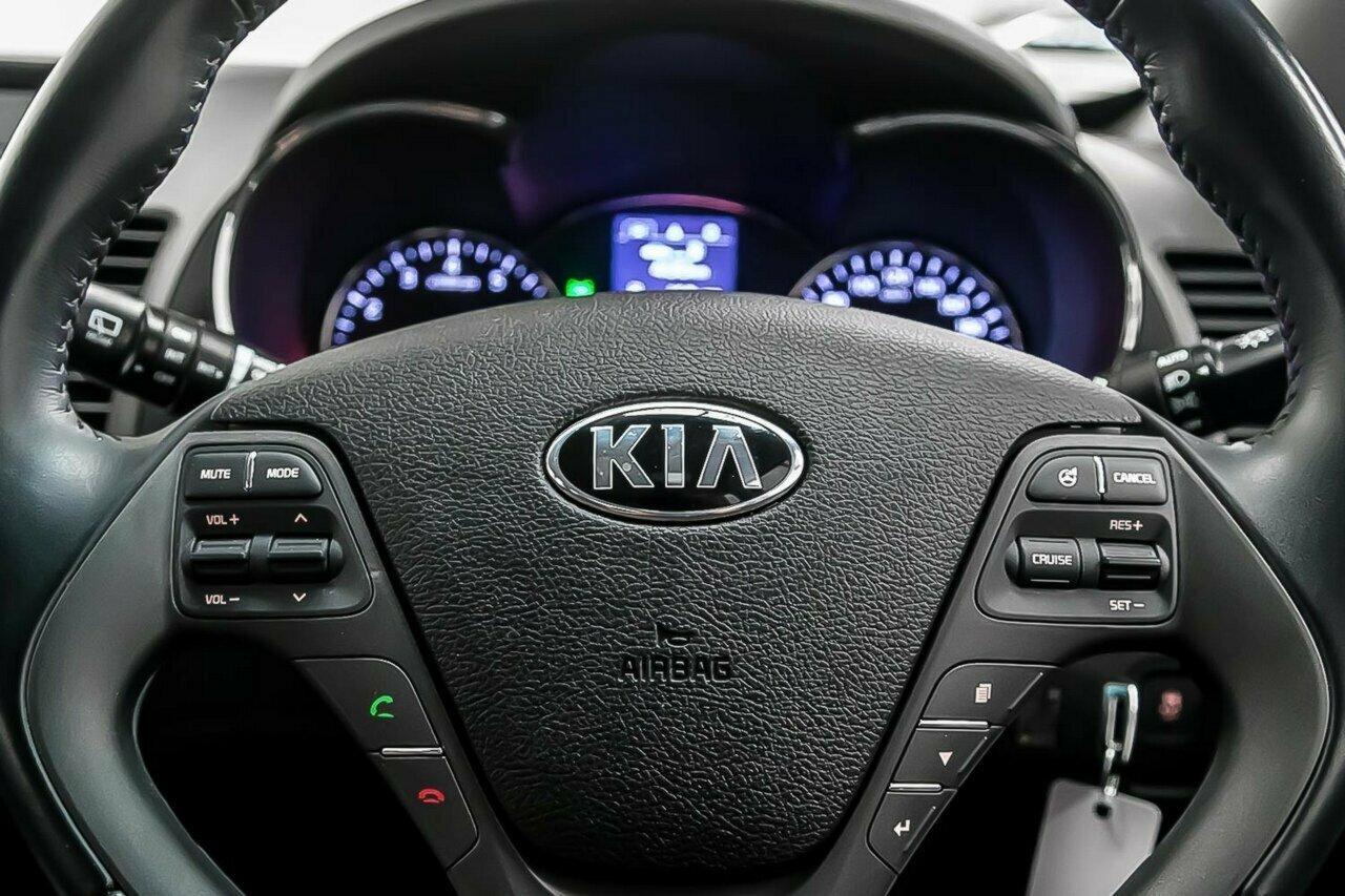 2016 KIA Cerato S Premium YD 5-Door Hatchback  - image 19