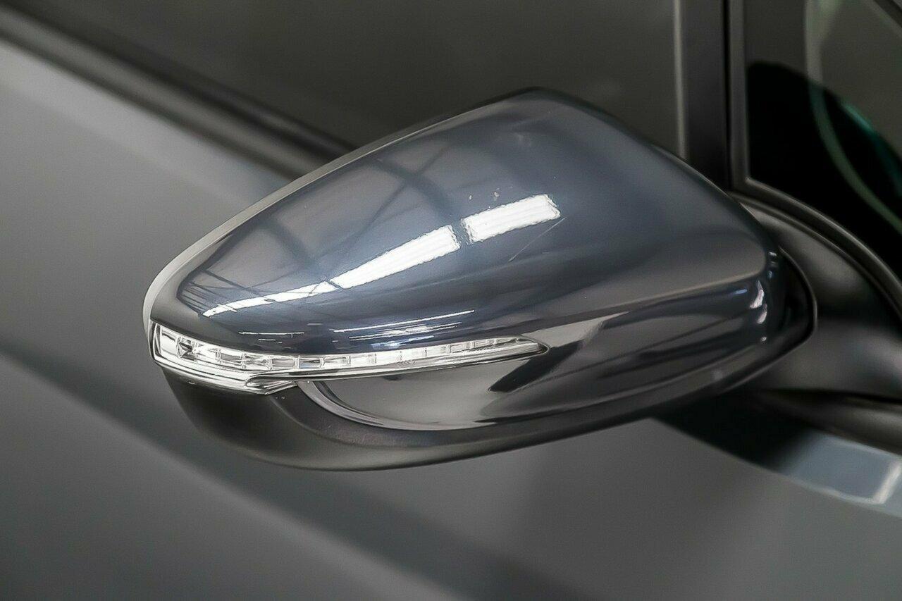 2016 KIA Cerato S Premium YD 5-Door Hatchback  - image 15