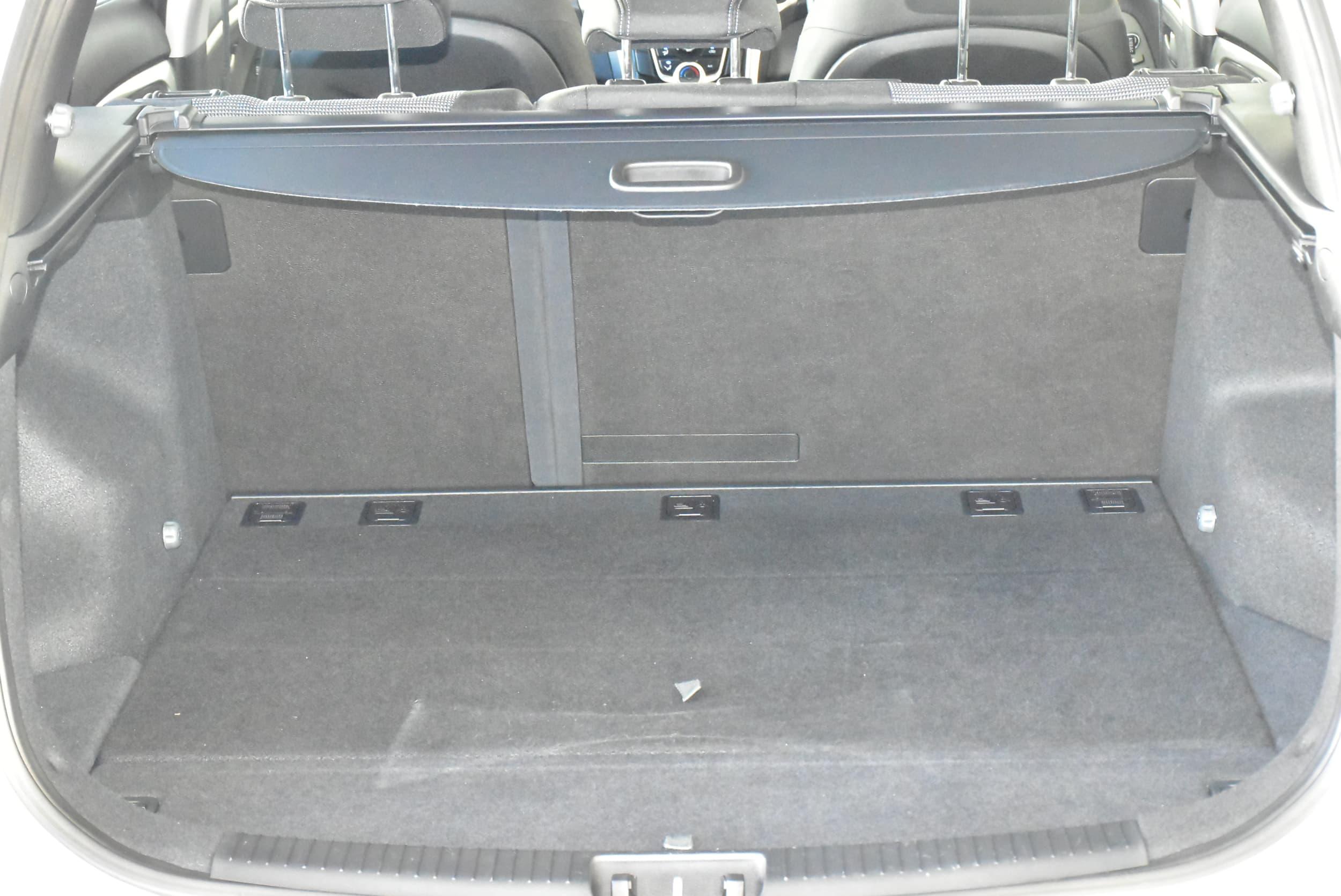 2014 Hyundai i30 Active Auto - image 18