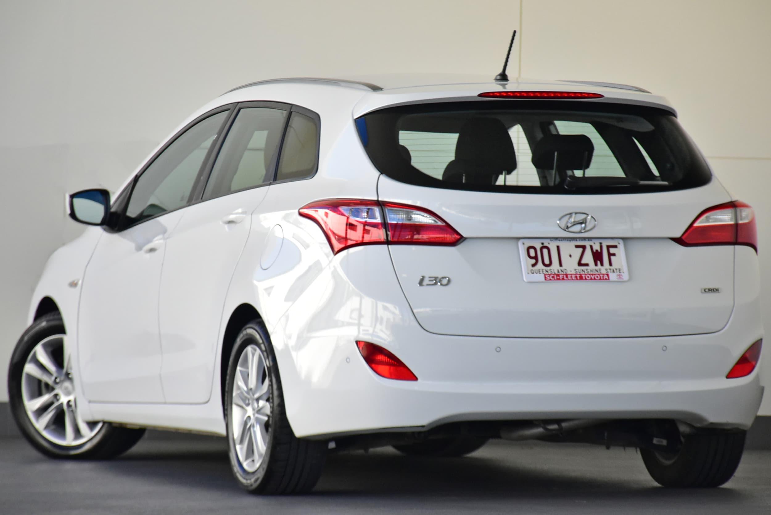 2014 Hyundai i30 Active Auto - image 4