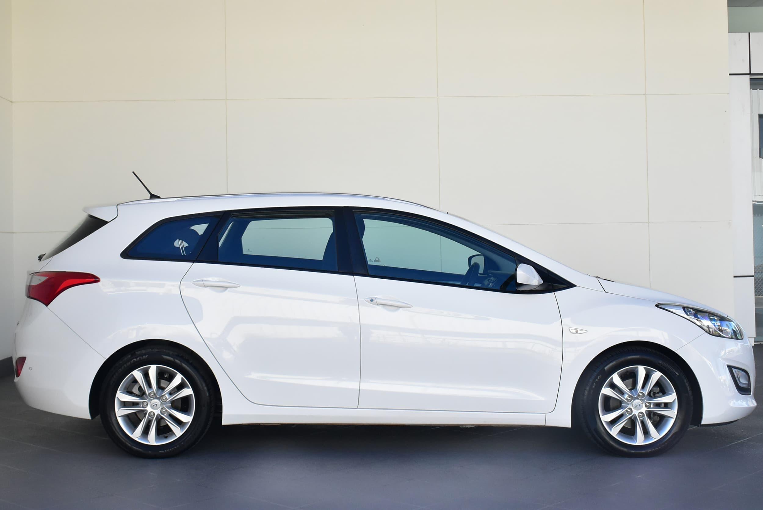 2014 Hyundai i30 Active Auto - image 3