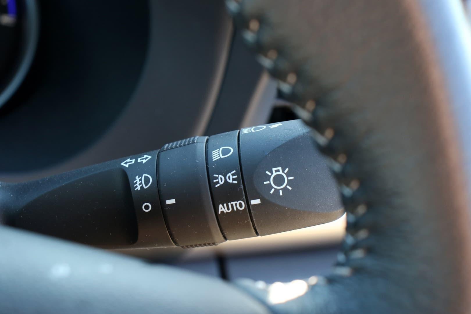 2019 Toyota Hilux SR5 Auto 4x4 Double Cab - image 15