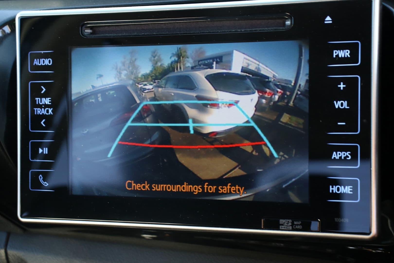 2019 Toyota Hilux SR5 Auto 4x4 Double Cab - image 14