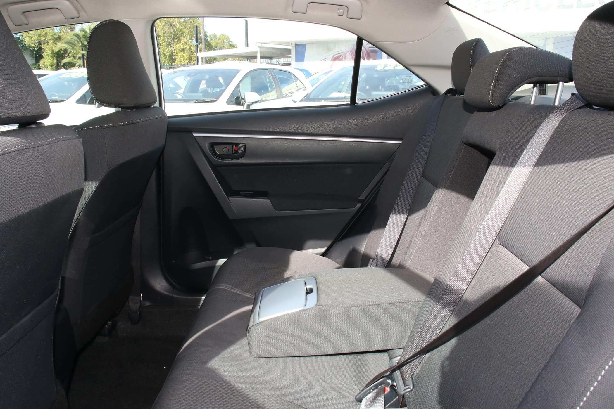 2018 Toyota Corolla Ascent Auto - image 8