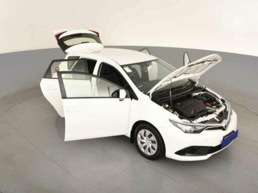 2018 Toyota Corolla Ascent ZRE182R 5-Door Hatchback  - image 15