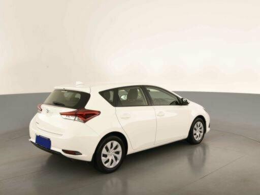 2018 Toyota Corolla Ascent ZRE182R 5-Door Hatchback  - image 5