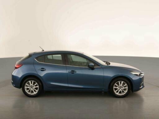2017 Mazda 3 Maxx BN5478 5-Door Hatchback  - image 4