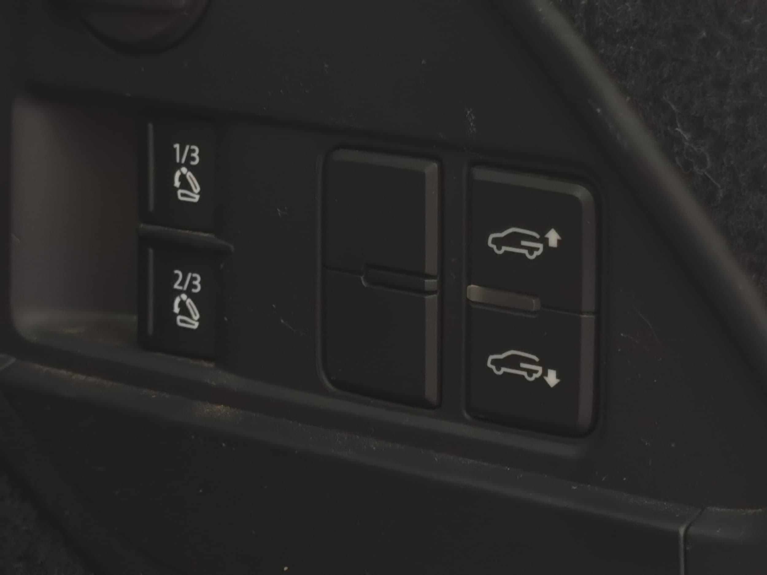 2015 Volkswagen Touareg V6 TDI 7P Auto 4MOTION MY16 - image 21