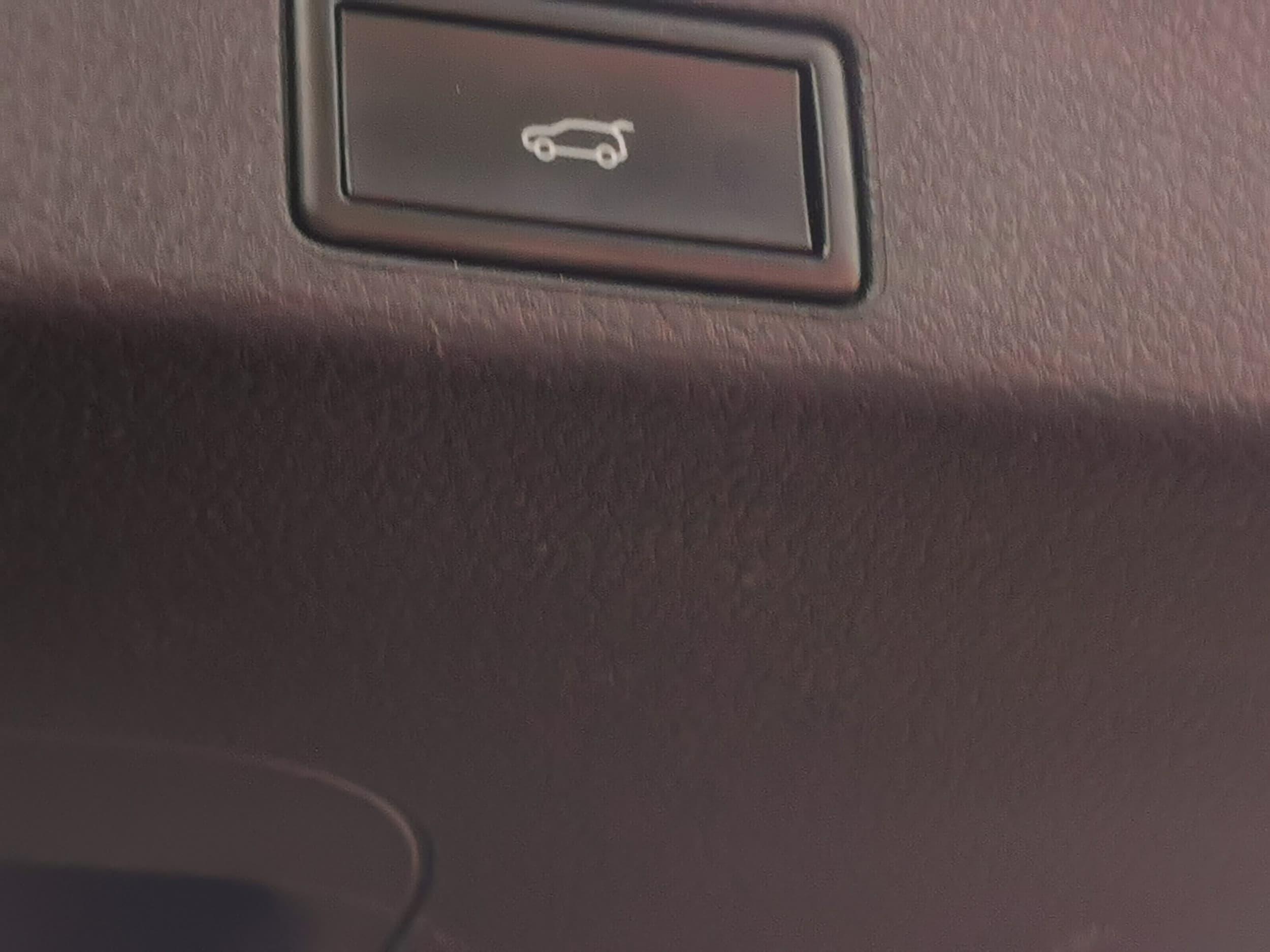 2015 Volkswagen Touareg V6 TDI 7P Auto 4MOTION MY16 - image 22