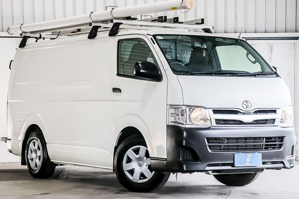 Carbar-2013-Toyota-Hiace-561820181214-111713.jpg