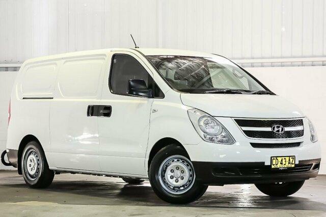 Carbar-2014-Hyundai-iLoad-386120190418-171802.jpg