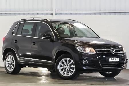 Carbar-2014-Volkswagen-Tiguan-457920191031-185626_thumbnail.jpg