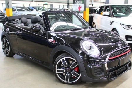 Carbar-2017-MINI-Convertible-605920191028-142636_thumbnail