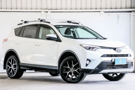 Carbar-2017-Toyota-RAV4-553920191031-185548_thumbnail