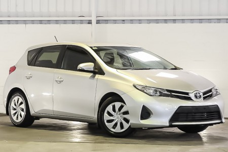 Carbar-2015-Toyota-Corolla-357320191116-180640_thumbnail.jpg