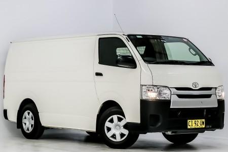 Carbar-2016-Toyota-Hiace-453020191204-154907_thumbnail
