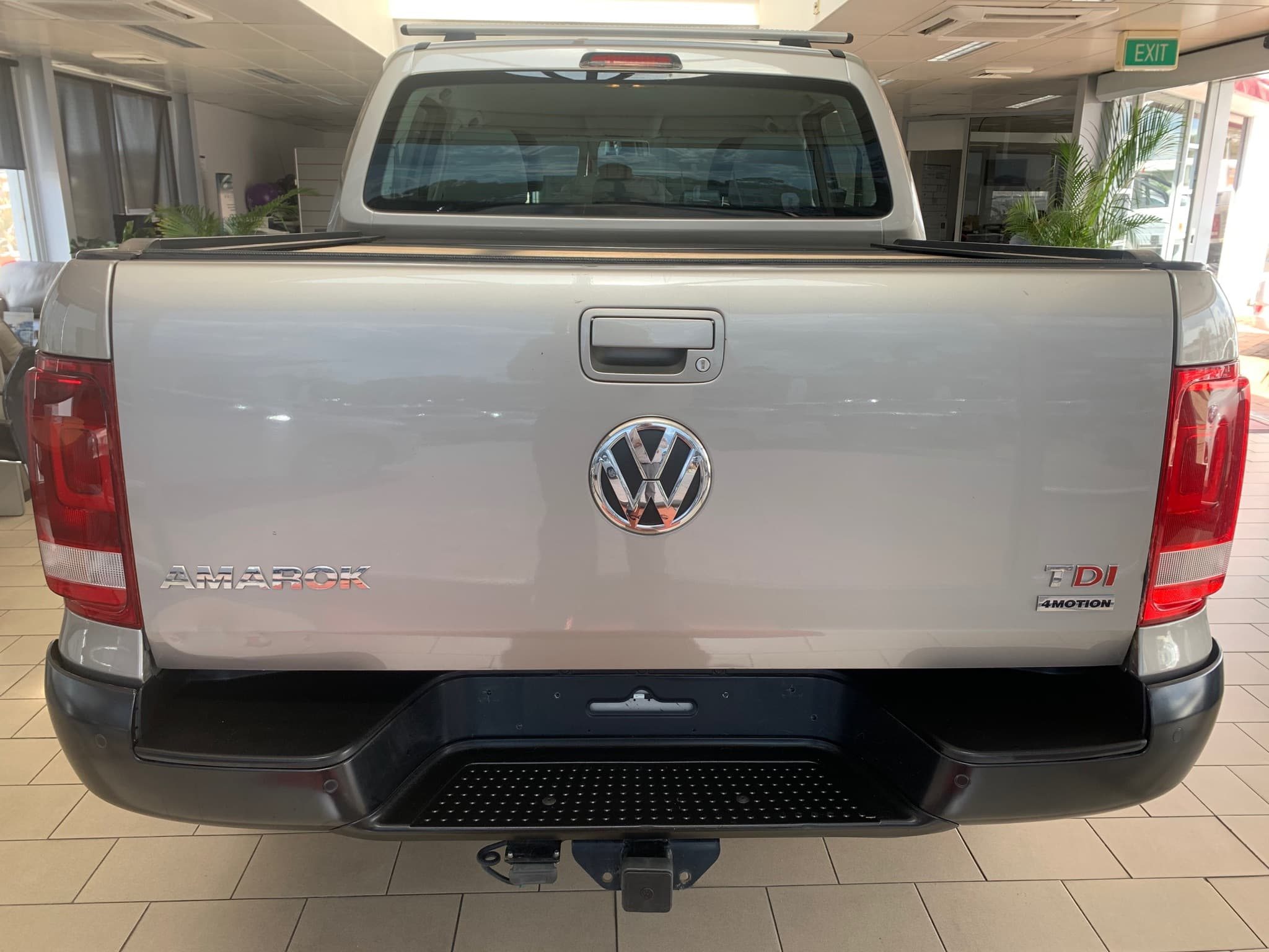 2015 Volkswagen Amarok TDI420 Trendline 2H Auto 4MOTION Perm MY16 Dual Cab - image 5