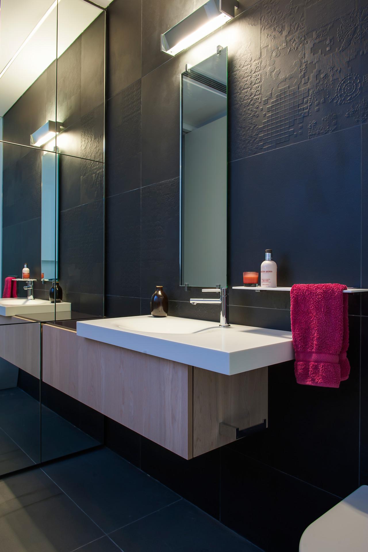 Luxurious-Sydney-Residence-07