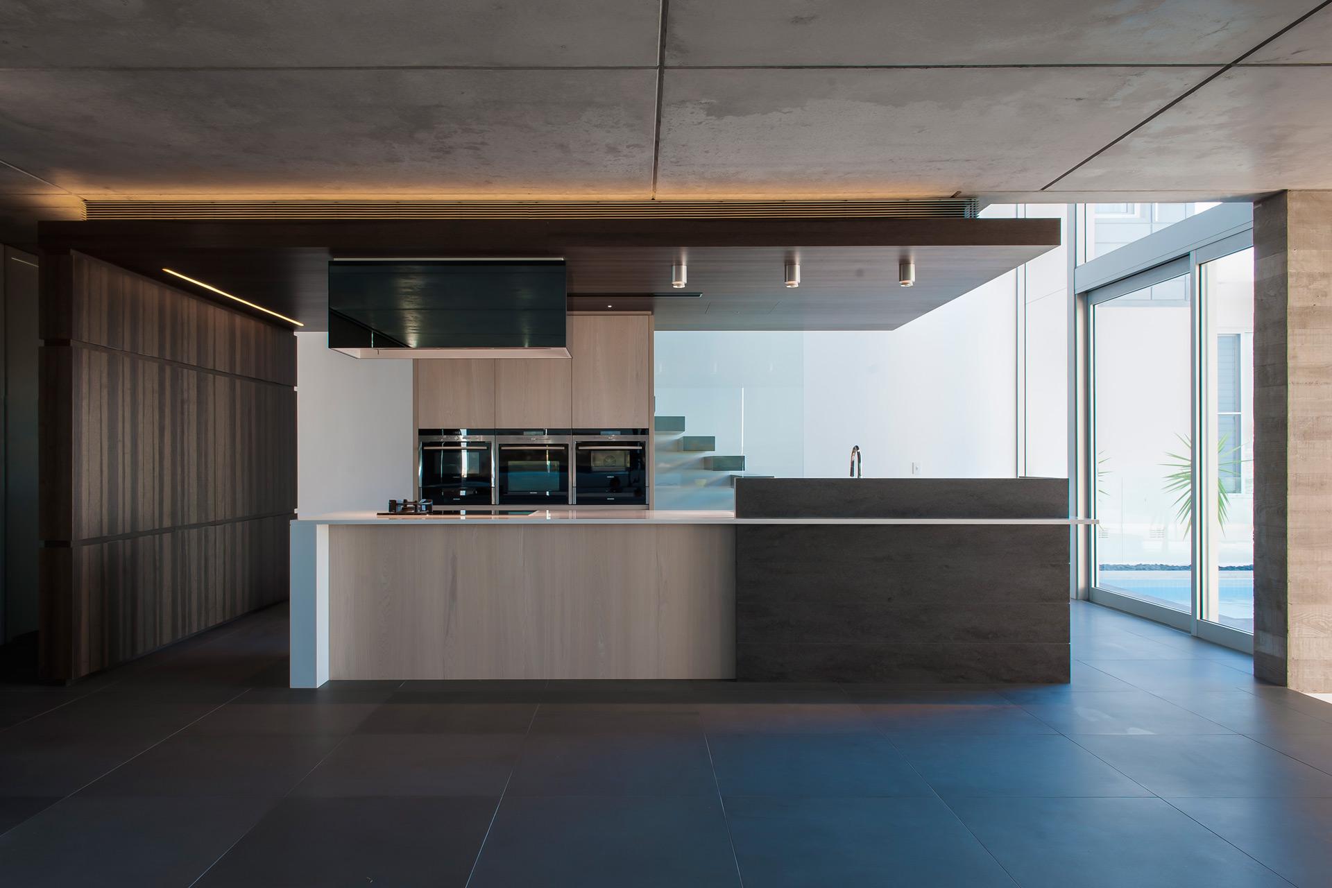 Luxurious-Sydney-Residence-01