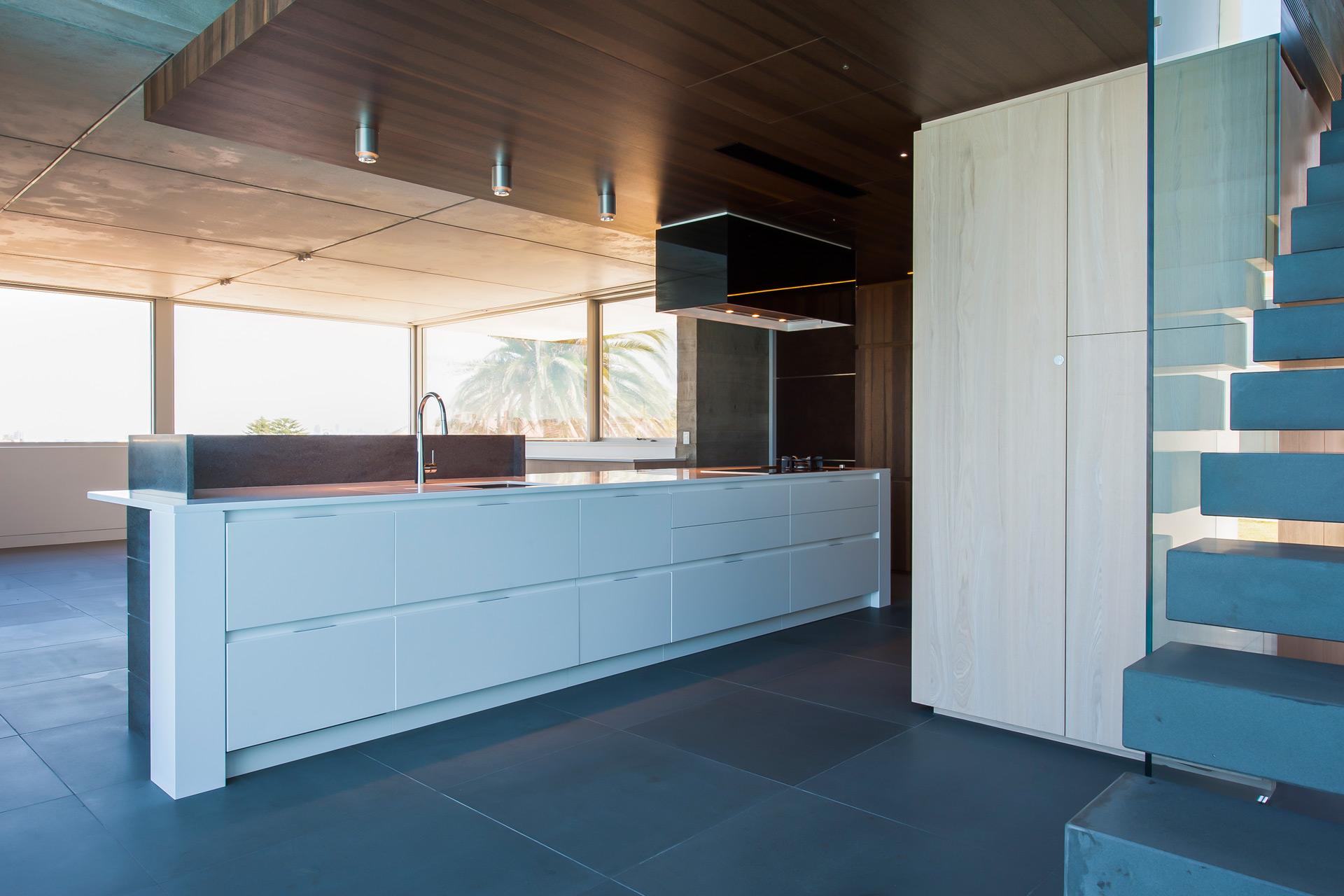 Luxurious-Sydney-Residence-02