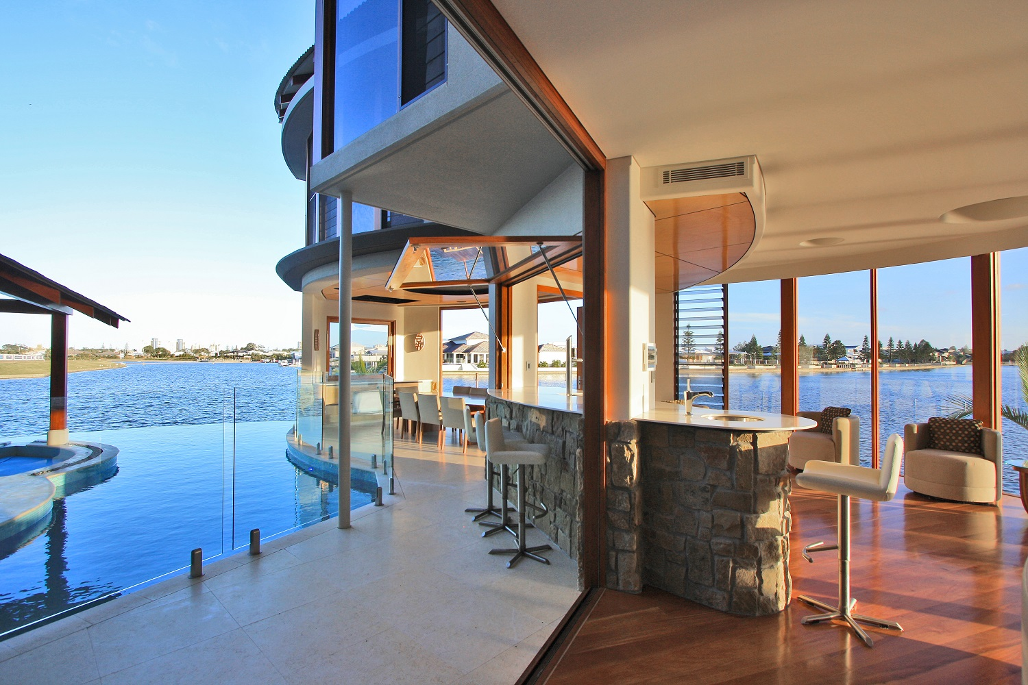 Ultraspace Central Beach House (19)