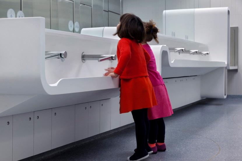 ontario museum - wash room - 3