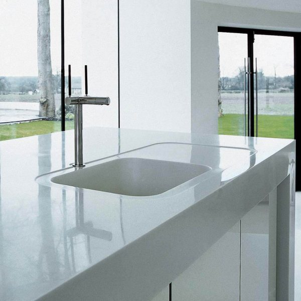 Corian® Sweet 871 integrated sink