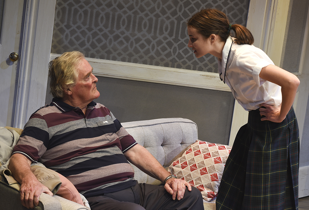 John Howard as Bruce and Jenna Owen as granddaughter Rachel in SORTING OUT RACHEL, photo by Heidrun Lohr