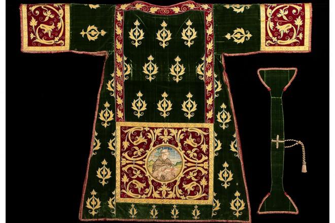 Heavenly Bodies – Costume Institute Fashion & Catholic Faith