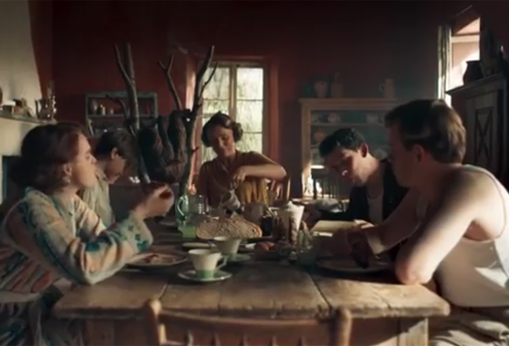 The Durrells at Breakfast, Season 3, English actors Keeley Hawes as Louisa Durrell, Josh O'Connor as Lawrence (Larry) Durrell, Callum Woodhouse as Leslie Durrell, Daisy Waterstone as Margo Durrell and Milo Parker as Gerald