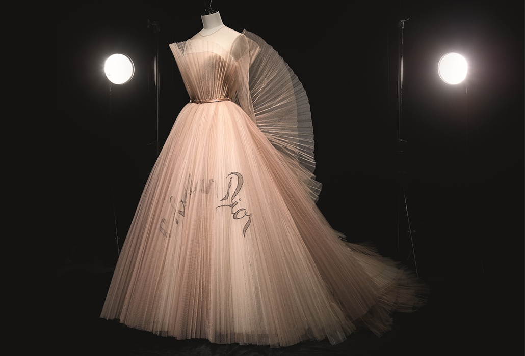 Christian Dior by Maria Grazia Chiuri (b. 1964), Dress, Haute Couture, Spring/Summer 2018 Photo © Laziz Hamani Dior Héritage collection, Paris
