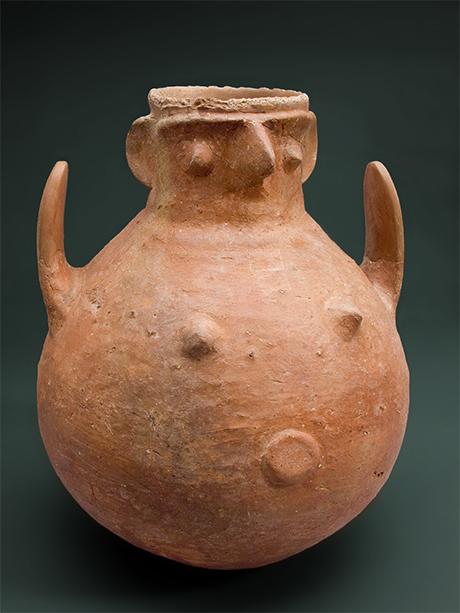 Terracotta face pot from Troy, c. 2550–1750BC, Museum für Vor- und Frühgeschichte Photograph © Staatliche Museen zu Berlin, Museum für Vor- und Frühgeschichte, Photo: Claudia Plamp