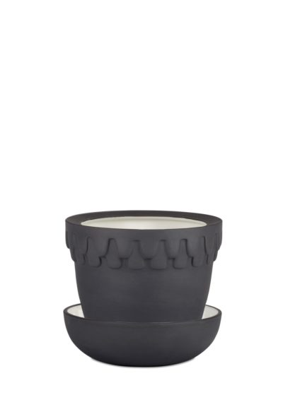 Acorn Pot Small Black