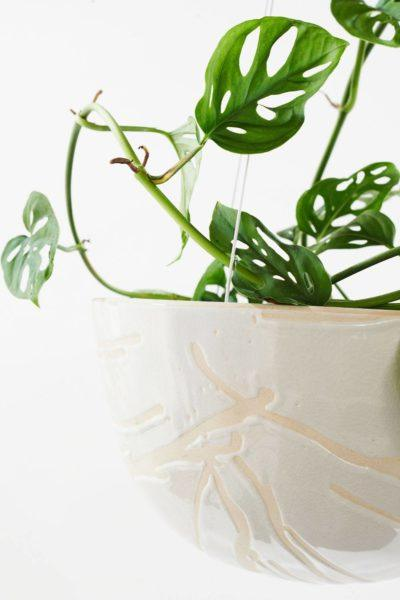 Angus & Celeste Riverstone Hanging Planter White Splash