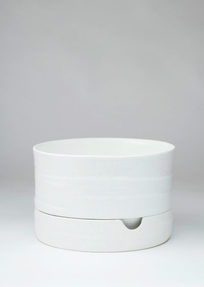 Angus & Celeste Self Watering Plant Pot Mid White Speckle