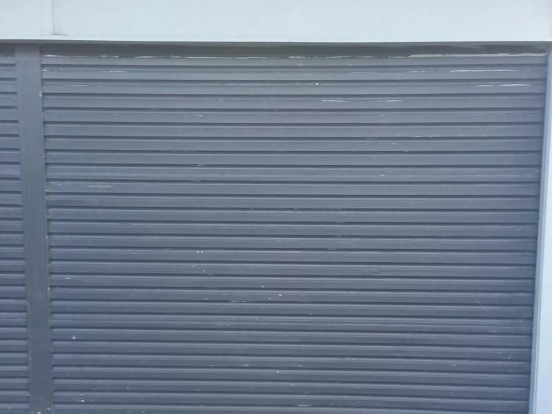 Single Insulated Garage & Overhead storage