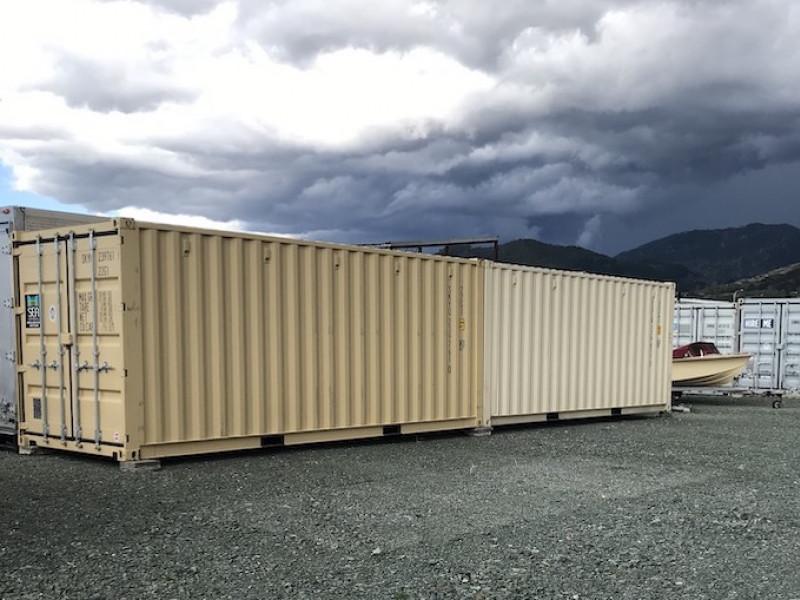 3.05m x 2.44m x 2.59m container