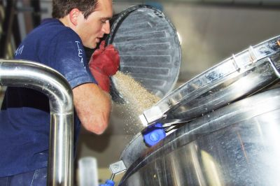 Mash-Brewery-GrainPouring