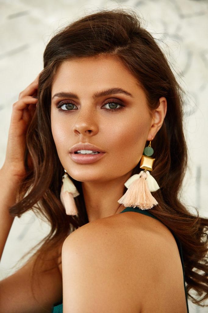 Natalie Alamein Gloria Gold Earrings