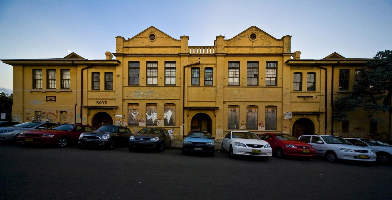 Metropolitan Road - Enmore School (Guy Wilkinson)