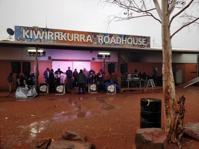 Kiwirrkurra show